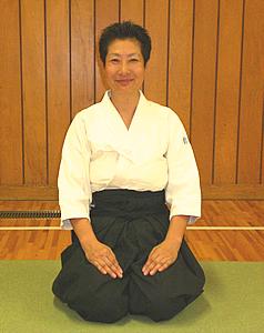 鈴木順子先生は女性では数少ない合気道の有段(6段)者。しかし、かつては運動が苦手な女の子だったという。